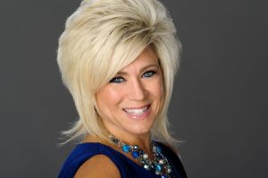Long Island Medium-halloween